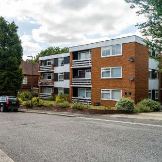 Pinner: Block of apartments